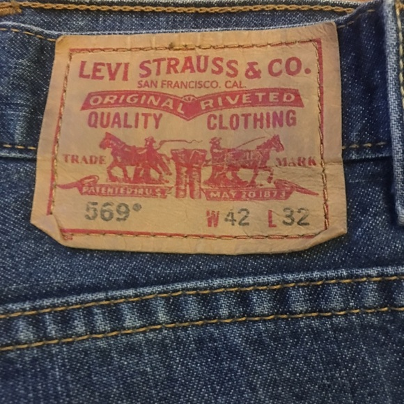 4232 JEANS: Levi's 569 and TOMMY Hilfiger